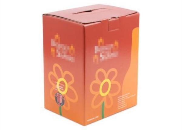 Bag in Box con grafica vivace| Packaging - Espositori - Bag in Box